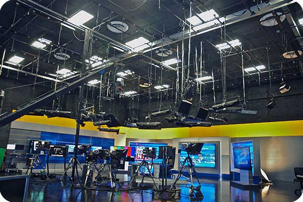 OKT 2x4FT LED Light Panel in Fox Studio - Oregon