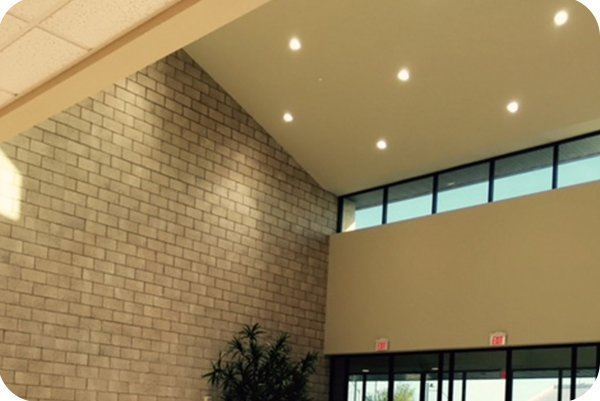 OKT 6inch 40W Commercial downlight in main lobby in training facility in Las Vegas